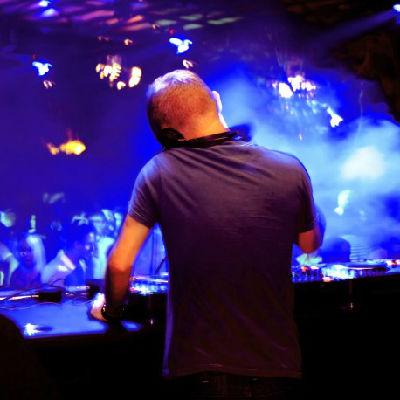 融水DjAtao vs 防城港Dj阿东-全英FunkyHouse音乐包房挑战者DJ慢嗨串烧