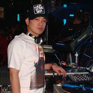 音州Dj阿竹-全中文国粤语House音乐野孩子DJ一个人挺好DJ爱在记忆中找你DJ串烧